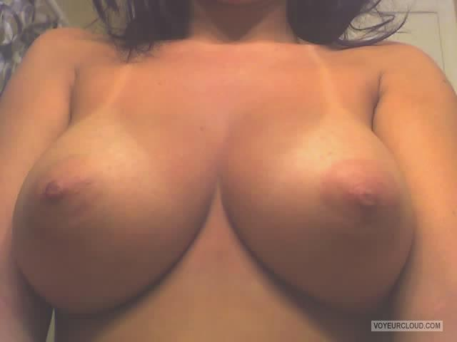 Tit Flash: My Tanlined Big Tits (Selfie) - Rea from United States